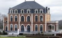 604 - Curieuse et rocambolesque histoire du château Mélot, siège du Cercle de Wallonie auquel s'associe Paul de Sauvage.