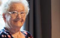 592 - Dossier seniors - pensionnés passionnés, informatique et seniors, un gérontopôle à Namur, les chiffres du vieillissement à Namur etc ...