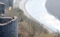 569 - Les forteresses médiévales du namurois